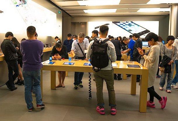В магазине Apple
