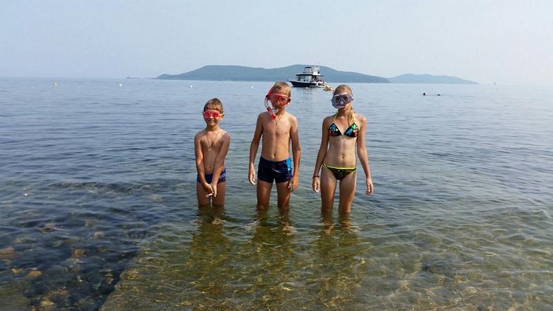 Теплое море летом2
