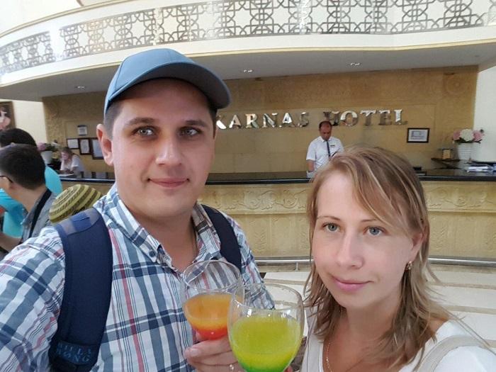 1. По приезду в отель приветственный сок
