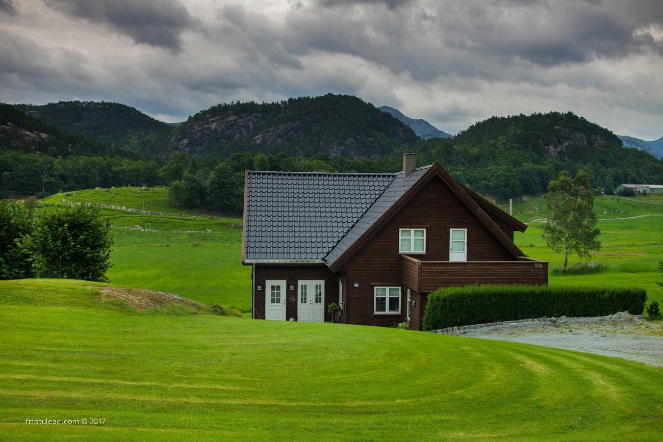 NORWAY-3833