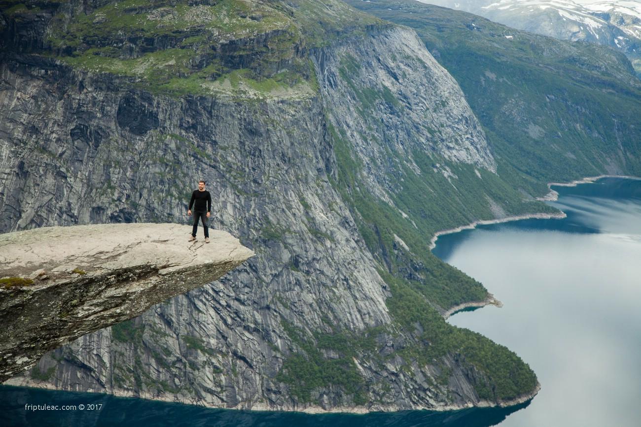 NORWAY-5228