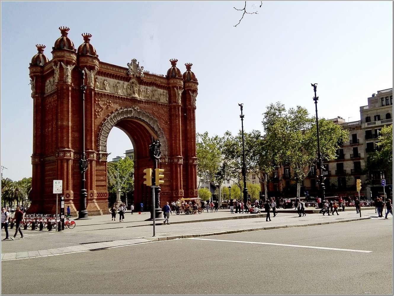 5. Семь дней в весенней Барселоне. Прогулки по городу_026