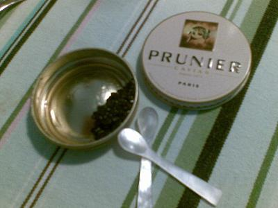 Prunier_Caviar_Paris_(non-wild_Siberian_Sturgeon)