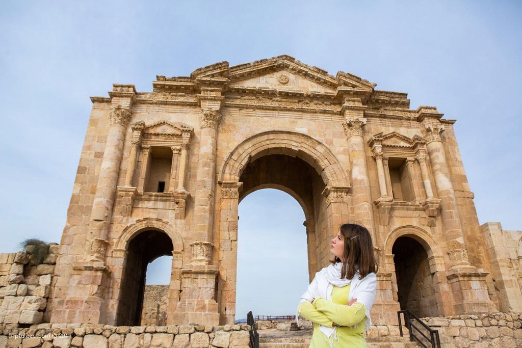 Jerash city in Jordan, ruins of the walled Greco-Roman settlement-6359